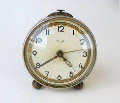 Vintage retro modern and Antique rustic goods by Clock Antique, Clock Vintage, Vintage Love, Retro Vintage, Table Vintage, Diy Clock, Alarm Clock, Rustic, Antiques