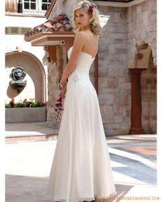 Robe de mariée pas chère orné de perle