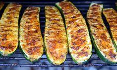 Cukinia z grilla – Smaki na talerzu Gluten Free Recipes, Healthy Recipes, Bon Appetit, Zucchini, Grilling, Bbq, Food And Drink, Pizza, Menu