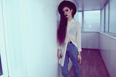 Shop this look on Kaleidoscope (jeans, blouse, hat)  http://kalei.do/Wj3BE1atVZdheuAS