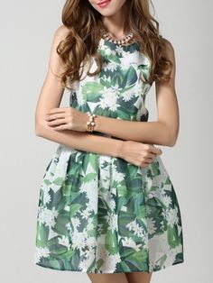 Round Neck Pleated Floral Printed Skater-dress Skater Dresses from fashionmia.com
