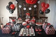 Mickey Mouse Birthday Party Ideas by TinyCarmen