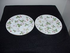 2 Wedgwood Wild Strawberry R4406 Bread Plates. by thebestofthepast