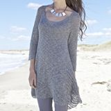 This breezy stockinette tunic with three-quarter length sleeve