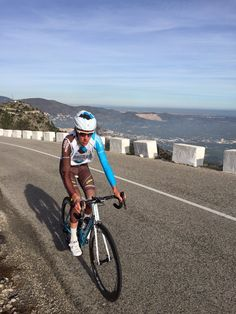 Romain Bardet @romainbardet pic.twitter.com/uSP002xWcT 2 weeks of recovery, the outputs are linked under the weather in Espagne.Impatient to hang a bib!