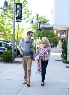 Dream family outing. Boba Carrier 4G in Dusk, Boba Wrap in Wildflower. Babywearing family in Bliss. #wearallthebabies