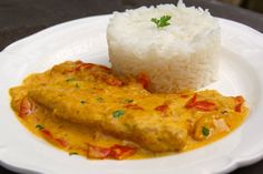 Fish fillet in creamy coconut / curry sauce, Ptitchef recipe - recette - Healthy Recipes Easy Whole30 Fish Recipes, Easy Healthy Recipes, Meat Recipes, Indian Food Recipes, Easy Meals, Cooking Recipes, Ethnic Recipes, Shellfish Recipes, Seafood Recipes