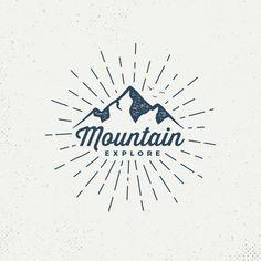 Berg Logos, Chalk Texture, Typographie Logo, Mountain Logos, Seal Design, Graphic Projects, Emblem, Cool Art Drawings, Creative Logo
