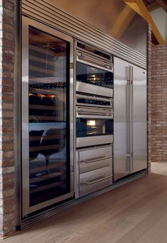 Wine fridge - sub-zero appliances… commercial kitchen design Home Decor Kitchen, Kitchen And Bath, Kitchen Design, Chef Kitchen, Kitchen Ideas, Country Kitchen, Sub Zero Appliances, Home Appliances, Cool Kitchen Appliances