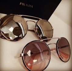 Cool Glasses, Glasses Frames, Stylish Sunglasses, Sunglasses Women, Fashion Eye Glasses, Mode Blog, Prada, Eyeglasses, Eyewear