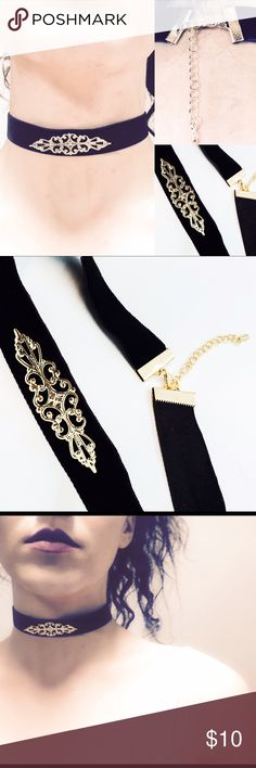 Sexxy choker for sale NEW ARRIVALS!! & OHH SO HOT! A must have!  Adorable Velvet Choker Cute Collar Fashion Necklace Easy to wear. Goes Great with any outfit! Fast shipping!   Trendy Neckless! Trending Now! La Tends! retrend Jewelry Necklaces