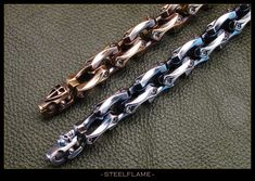 Axe Link Bracelet - Steel Flame