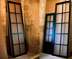Раздвижная деревянная межкомнатная перегородка и двери. Эмаль RAL 6005. Модель Решётка. Заполнение - матовое стекло. Room, Furniture, Home Decor, Homemade Home Decor, Rooms, Home Furnishings, Decoration Home, Arredamento, Interior Decorating