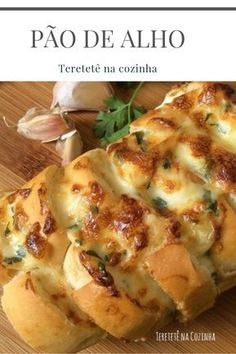 Attention: We will only release more Recipes for those who like the photo and comment & . Cheese Recipes, Bread Recipes, Snack Recipes, Carbohydrates Food List, Make Garlic Bread, Baguette Bread, Veggie Dinner, Juicy Fruit, Pesto Sauce