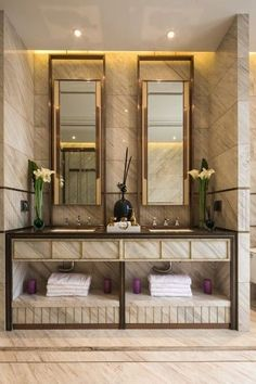Maison Valentina is a luxury brand specialized in high-end bathroom furniture. Bathroom Inspiration, Luxury Bathroom, Bathroom Furniture, Decor, House Interior, Bathroom Design Inspiration, Bathroom Decor, Interior, Classic Bathroom