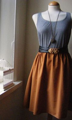 mustard elastic band skirt - like the antique styled belt - simple pattern.