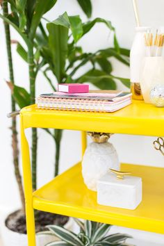 a pop of yellow in your home is always a good idea. see how lovely indeed refreshed this metal rolling cart + kept it clean with a little help from us. #stylebymethod