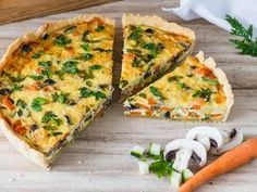 Whether vegetable cake or vegetable quiche called, this recipe for the vegetarian . - Whether vegetable cake or vegetable quiche called, this recipe for the vegetarian vegetable quiche is simply gorgeous. Everybody should try this quiche! Quiches, Tart Recipes, Vegetable Recipes, Baking Recipes, Quiche Recipes, Burger Recipes, Vegetable Cake, Vegetable Quiche, Vegetarian Lunch
