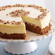 This weekend, take a whisk on an unforgettable dessert mashup: Carrot Cheesecake! [recipe link in profile]