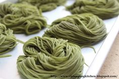 Homemade Spinach Noodles by @Vivian Pang Kitchen
