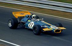 Jack Brabham (Brabham BT33 Cosworth) Grand Prix du Canada - Mont-Tremblant 1970 - source Carros e Pilotos.