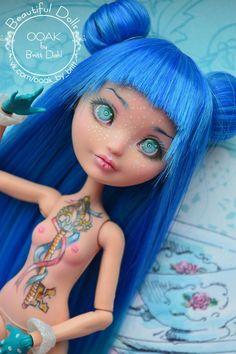 Территория ООАК Monster High Repaint, Monster High Dolls, Doll Eyes, Doll Face, Ooak Dolls, Art Dolls, Raven Queen Doll, Pokemon Dolls, Famous Youtubers