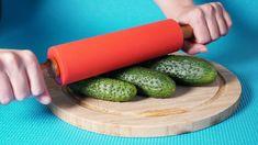 12 legjobb és leghasznosabb tanács a konyhában - praktikus és hasznos tanácsok!  Tökéletes - YouTube Plastic Cutting Board, Vegetables, Cooking, Kitchen, Food, Youtube, Crafts, Useful Life Hacks, Fine Dining