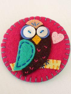 ES274 - Clip Art Inspired Owl Design Handmade Felt Pin. £8.20, via Etsy.