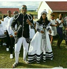 Xhosa wedding traditional dresses You can examine all tattoo models and print them out. Xhosa Attire, African Attire, African Wear, African Fashion Dresses, African Dress, Ankara Fashion, African Traditional Wedding Dress, Traditional Wedding Attire, African Wedding Dress