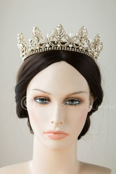 Full circle wedding crown with teardrop pearls gold bridal hair full circle wedding crown with teardrop pearls junglespirit Images