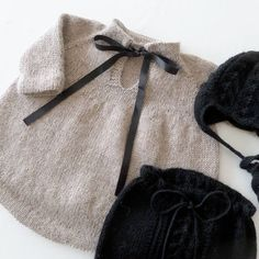 See # this # photo # of # @ stinne_northernchild # on # Knitting For Kids, Baby Knitting Patterns, Baby Patterns, Dress Patterns, Vestidos Bebe Crochet, Knitted Baby Clothes, Baby Girl Winter, Baby Kind, Baby Sweaters