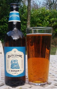 Goram Avon Pale Ale from Butcombe Brewing Co. A lovely old-gold colour and the most delicious dry fruit-hop flavour. British Beer, Beer Bar, Gold Colour, Pints, Wine And Beer, Brewing Co, Barrels, Craft Beer, Brewery