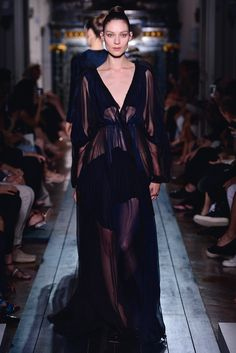 """Dress """"Rêverie-Nocturne"""" in blue-black and """"nuit"""" silk chiffon and crêpe. 650 hours of craftsmanship."""