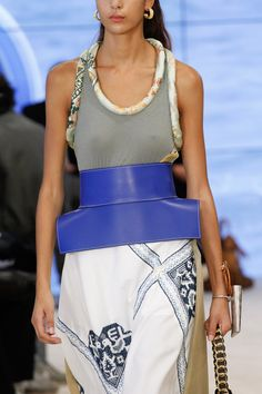 Loewe Spring 2017 Ready-to-Wear Accessories Photos - Vogue