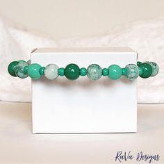 Polymer Clay Magnet, Clay Magnets, Memory Wire Jewelry, Wooden Jewelry, Diy Bracelet Storage, Happy Birthday Chalkboard, Handmade Bracelets, Beaded Bracelets, Wire Jewelry Patterns