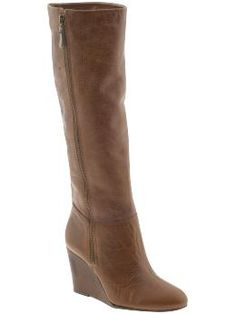 Ooooo yes! Steve Madden scores again with these wedged boots. A little more stability in the heel goes a longggg way in NYC :)