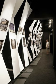 Stand Design Trendy Design Ausstellung Display Architektur Ideen Coleus, The Most Beautiful Museum Exhibition Design, Exhibition Display, Exhibition Space, Design Museum, Exhibition Ideas, Exhibition Stands, Contemporary Interior, Contemporary Bar, Contemporary Wallpaper