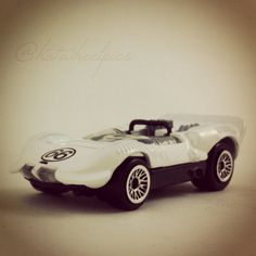 """#0669 - Chaparral 2 - 1998 Hot Wheels """"First Edition"""" #hotwheels   #toys - raced in the Can-Am series and endurance races in 1963-65"""""""
