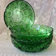 Hey, I found this really awesome Etsy listing at https://www.etsy.com/listing/258589899/anchor-hocking-medallion-green-glass