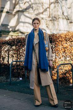 London FW 2019 Street Style: Rianne Van Rompaey - STYLE DU MONDE | Street Style Street Fashion Photos Rianne Van Rompaey