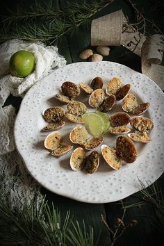 vongole gratinate al lime - La merenda di Charlotte Ethnic Food, Stuffed Mushrooms, Vegetables, Recipes, Noel, Stuff Mushrooms, Vegetable Recipes, Veggie Food, Veggies