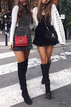 20 Mini Skirt Outfits for Winter - Winter Outfits Outfits Casual, Mode Outfits, Girly Outfits, Skirt Outfits, Outfits With Boots, Long Boots Outfit, Classy Outfits, Vintage Outfits, Fashion Mode