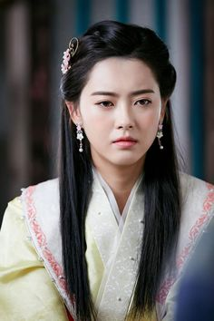 [BY KBS드라마] 나, 삼맥종지금껏 얼굴 없는 왕으로 살아왔다세상에 나서고 싶지만.. ..두려움이 앞섰던...