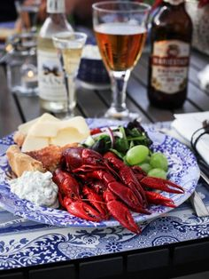 Love this Food N, Food And Drink, Rock Lobster, Seafood Bake, Outdoor Dinner Parties, Southern Comfort, Fish And Seafood, Love Food, Yummy Food