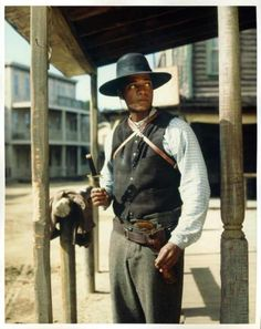 The Magnificent Seven - Rick Worthy as Nathan Jackson Rick Worthy, Dale Midkiff, Eric Close, Robert Vaughn, Laurie Holden, Ron Perlman, Supernatural Actors, The Magnificent Seven, Tv Westerns