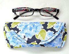 Magnetic Eyeglass or Sunglass Case Moda Ocean by nangatesdesigns, $12.00
