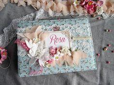 Elena Arts: Ya viene, ya viene!!! Álbum de fotos para la Comun... Mini Albums Scrap, Scrapbook Albums, Event Planning, Decoupage, Decorative Boxes, Shabby Chic, Gift Wrapping, Photo Books, Communion