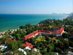 Hua Hin / Cha-am Centara Grand Beach Resort & Villas Hua Hin Thailand, Asia The 5-star Centara Grand Beach Resort & Villas Hua Hin offers comfort and convenience whether you're on business or holiday in Hua Hin / Cha-am. The hotel offers a high standard of service and amenities to suit the individual needs of all travelers. To be found at the hotel are 24-hour room service, facilities for disabled guests, car park, room service, airport transfer. Guestrooms are designed to pro...