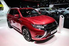 Mitsubishi PHEV OUTLANDER #MondialAuto
