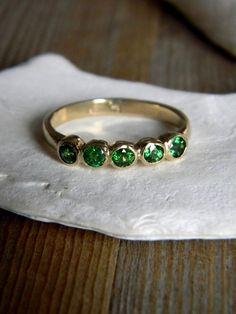 Anel Verde. Anillo Verde. Green Ring.